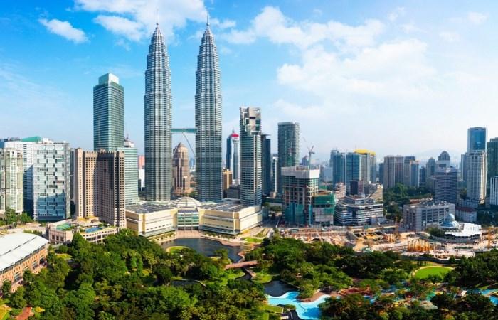 5 Tempat Terbaik & Populer Dikunjungi di Malaysia